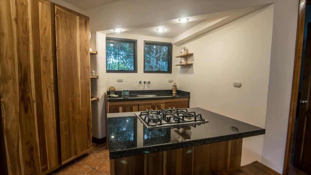 manuel-antonio-vacation-rental-apartment-1bed-la-mariposa-003